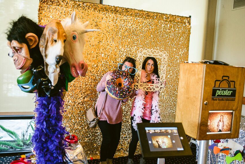 7 Creative Ways To Use A Photo Booth