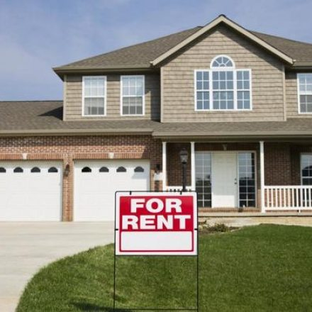 Advantages of Renting a House